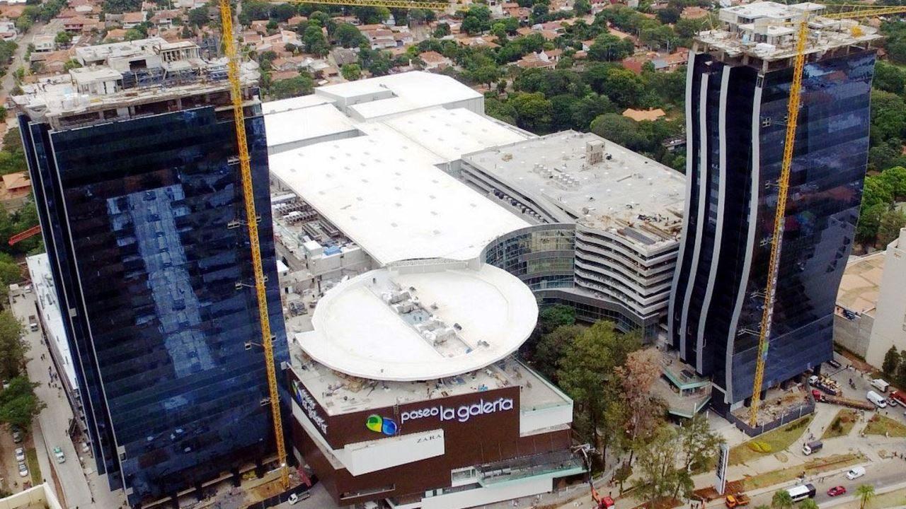 Paseo La Galería Centro Comercial y Torres